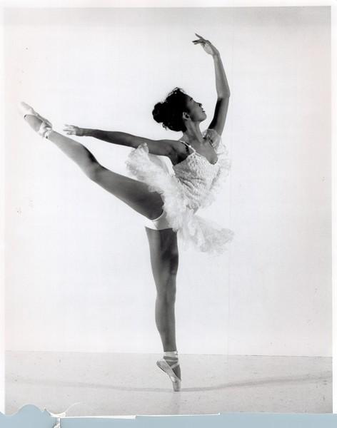 Dance_2436_a.jpg