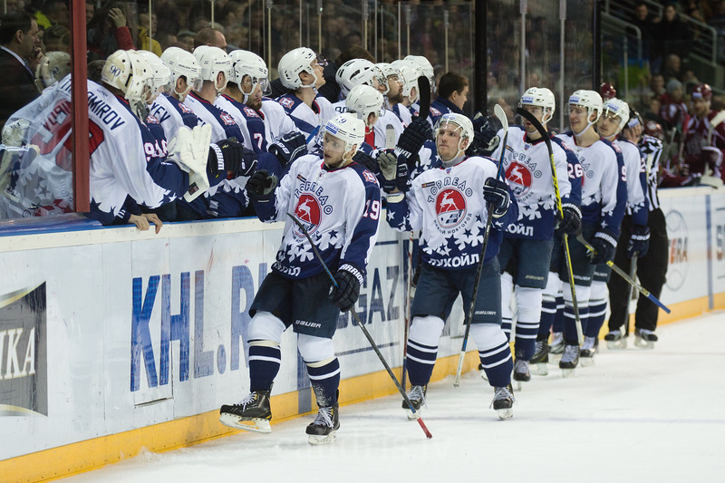 Players of Torpedo Nizhny Novgorod celebrate the goal with Roman Konkov (19) in the front