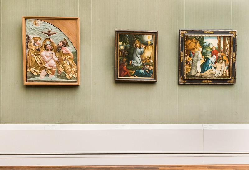 Relief von Hans Leinberger in Raum 2 (Meister von Meßkirch) [Gemäldegalerie Berlin]