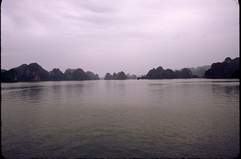 VietnamSingapore1_102.jpg