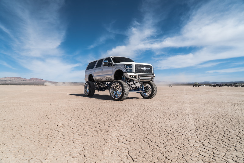 @lady_luck_excursion v.2 2016 @Ford Excursion Conversion 30x16 #GENESIS CONCAVE 42x16.5r30 @FuryOffroadTires-87.jpg