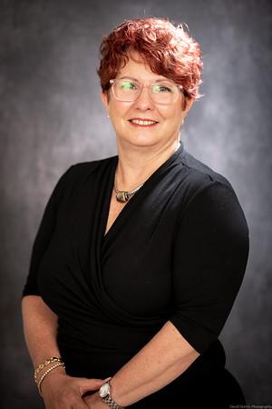 Cheryl Petersilge Headshot