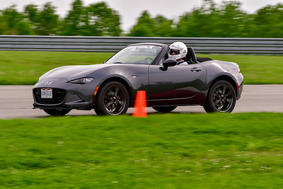 2019 SCCA May TNiA Pitt Race Dk Gray MX5