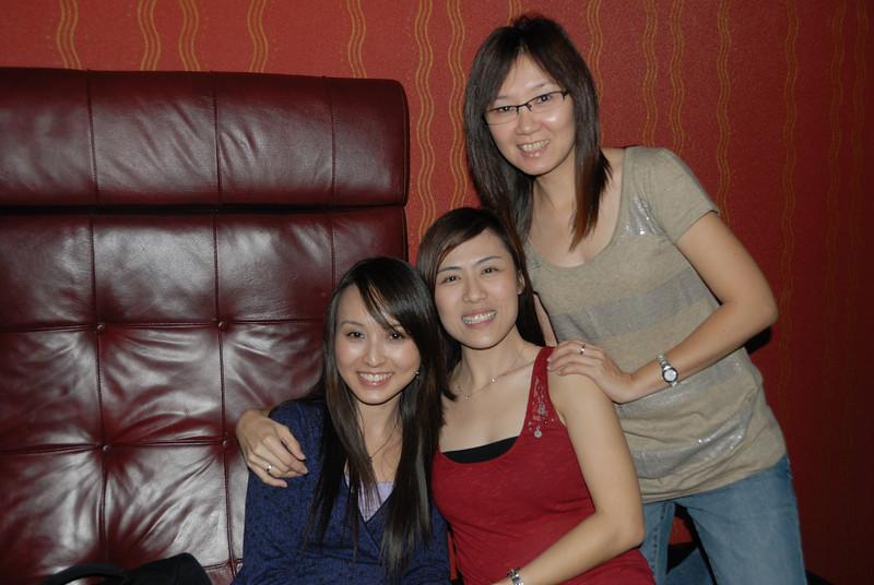 [20100219] Karaoke with ST Cousins @ Neway (5).JPG
