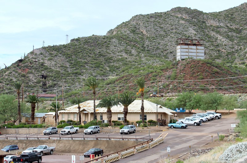 Historic administration building at the Magma Mine (2018)