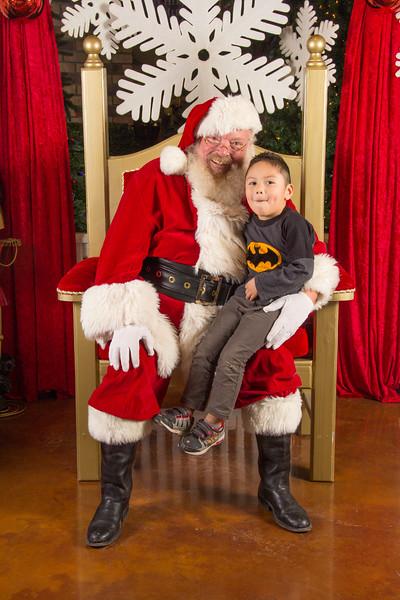 Santa 12-16-17-329.jpg