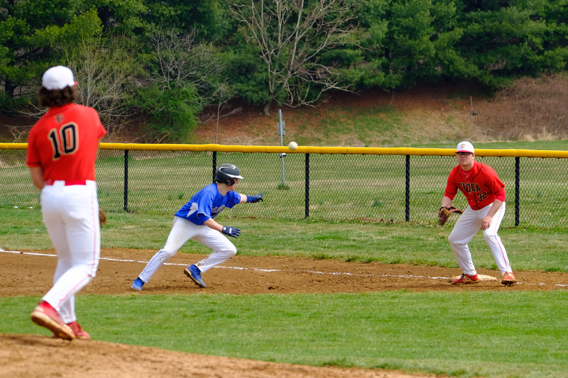 TCS Varsity Baseball 2019-197.jpg