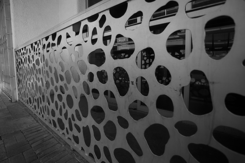 Holes 0299.jpg