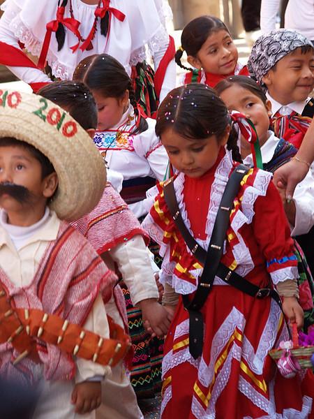 childrens parade lr.jpg