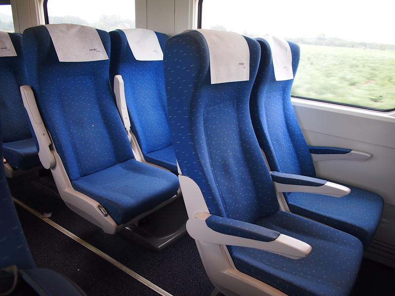 P7215694-alvia-seats.JPG