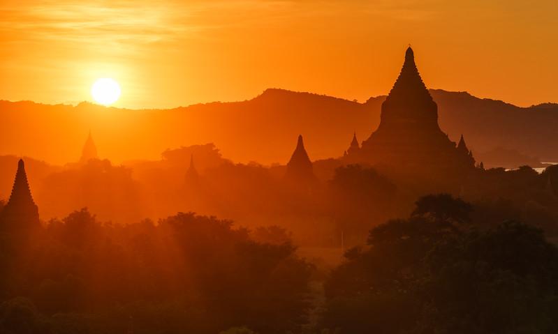 Golden Bagan Sunset