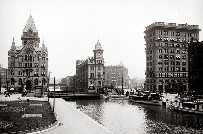 800px-Erie_Canal_at_Salina_Street%2C_Syracuse.jpg