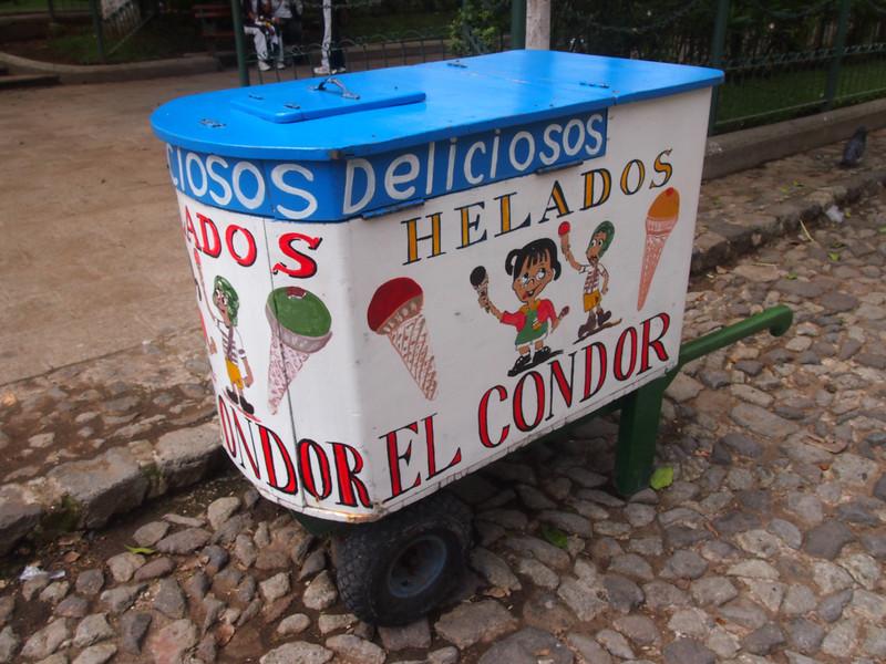 P7010514-ice-cream-cart.JPG