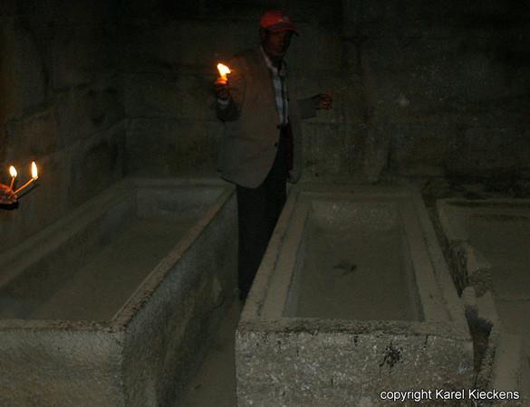 12.Axum.Graftombe van koningen Kaleb en Gebr Meskel.jpg