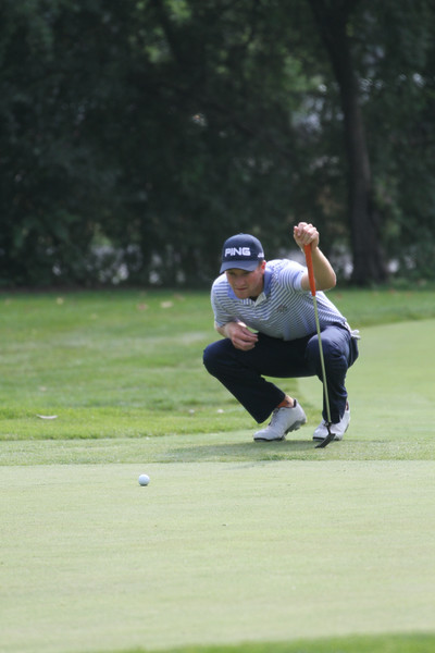 Brian Campbell reads a putt during the second round of the 2014 Western Amateur.