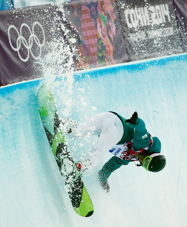 . Torah Bright of Australia in action during the Women\'s Snowboard Halfpipe qualification at Rosa Khutor Extreme Park at the Sochi 2014 Olympic Games, Krasnaya Polyana, Russia, 12 February 2014.  EPA/VALDRIN XHEMAJ