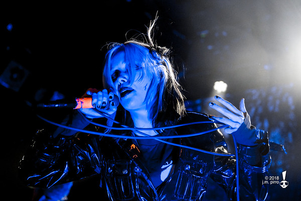Alice Glass / Zola Jesus