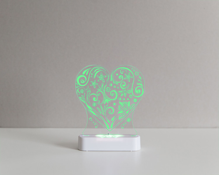 Aloka_Nightlight_Product_Shot_Love_Heart_White_Greenlime.jpg