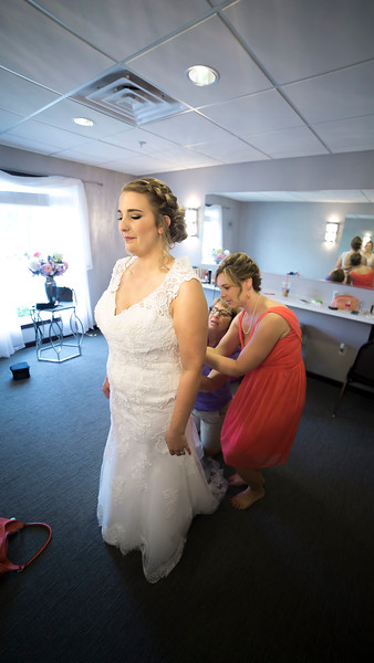 Laura & AJ Wedding (0137).jpg