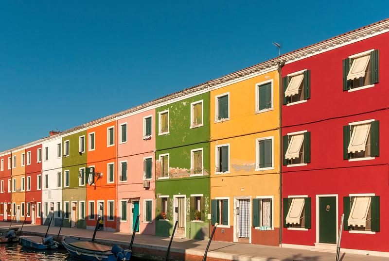 Brightlty Painted Houses, Fondamenta di Cao Moleca, Burano, Venice, Veneto, Italy