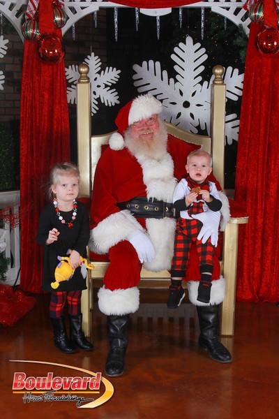 Santa 12-17-16-335.jpg