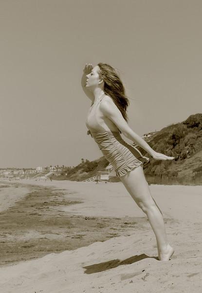 Michelle Valadon Beach Pin Up 2013-09-21 - 0124Tint.jpg