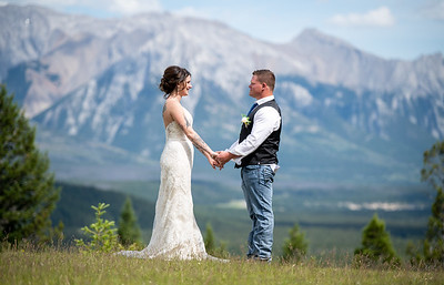 Banff Reservoir Wedding - Hayllie & Dale