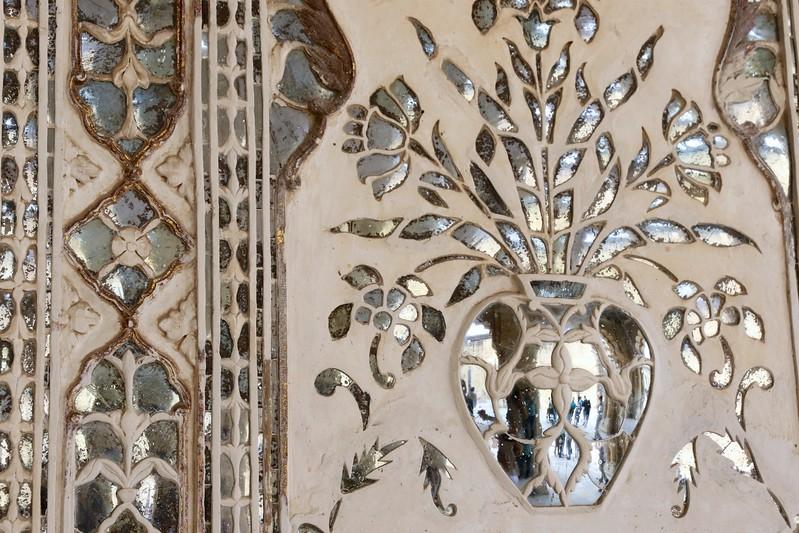 Mirrored mosaics in the Sheesh Mahal - Amer Fort