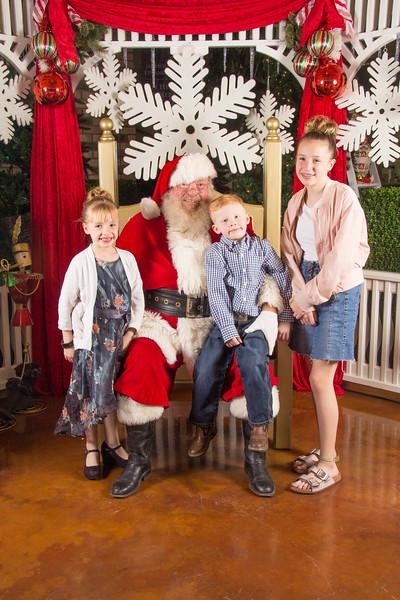 Santa 12-16-17-43.jpg