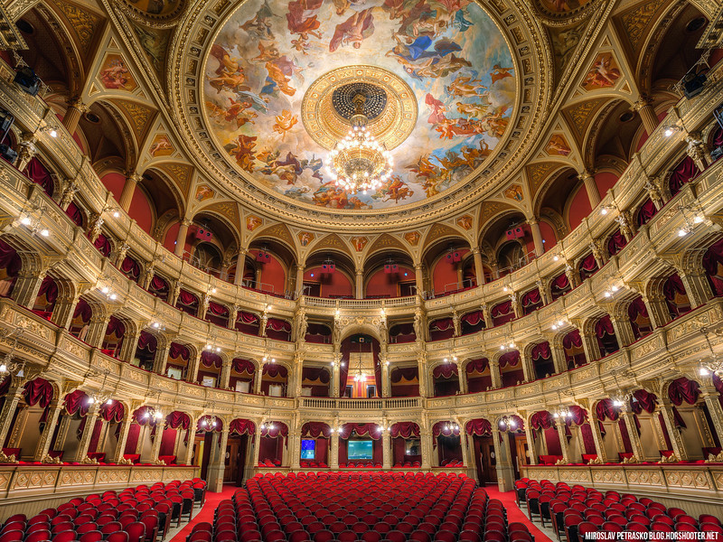 On-the-opera-stage-1600x1200.jpg
