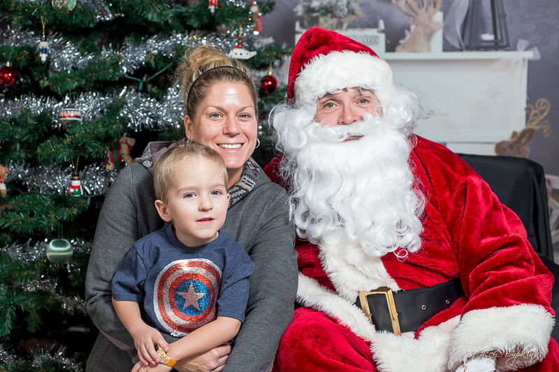 StaceyTompkinsPhotography-Santa2018 (19 of 79).jpg
