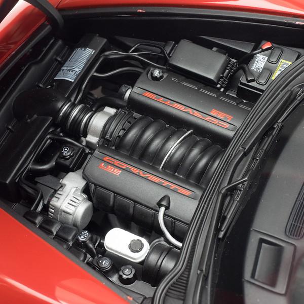 AutoArt-C6-Corvette-5.jpg