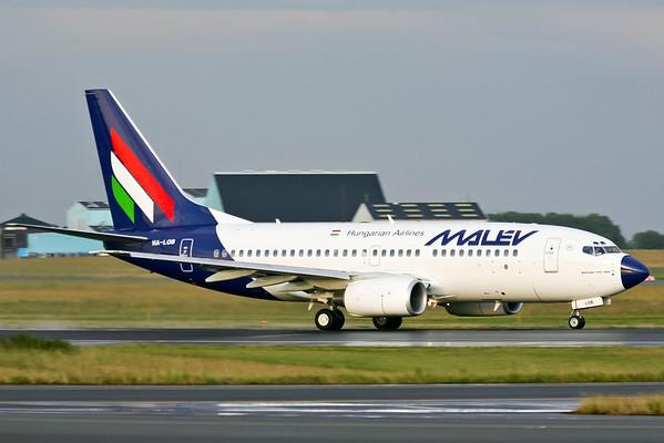 HA-LED - Boeing 737-3Y0