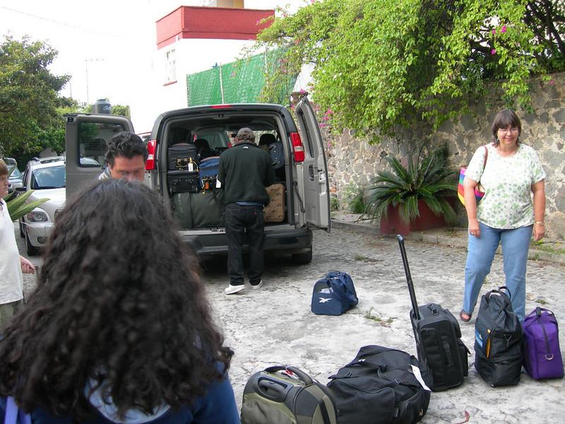 Mission Trip 2008 168.JPG