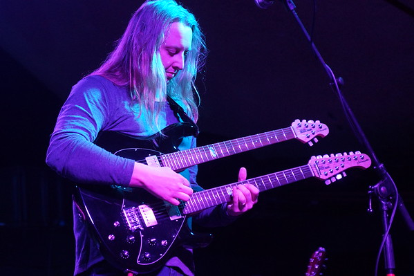 Dave Foster on twin-neck guitar. There's Prog