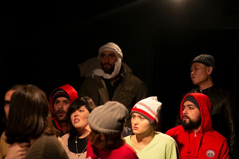 Allan Bravos - Fotografia de Teatro - Indac - Migraaaantes-477.jpg