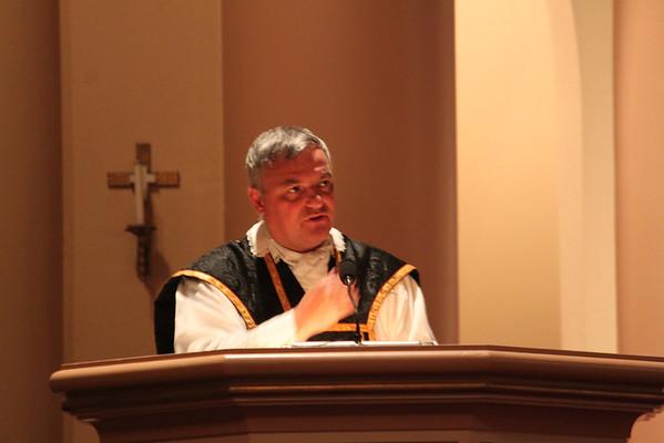 Requiem Low Mass celebrated by Canon Meney (Nov. 7, 2013)