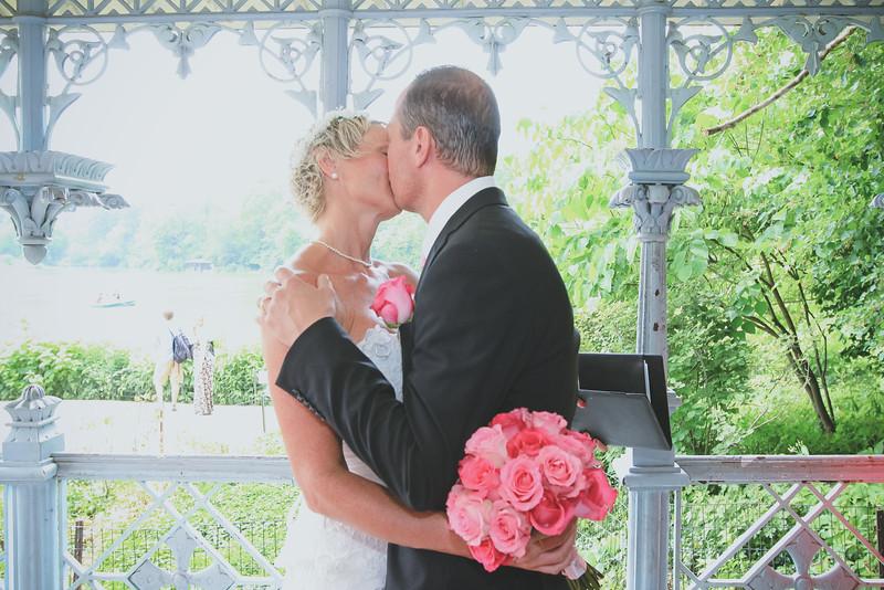 Inger & Anders - Central Park Wedding-54.jpg
