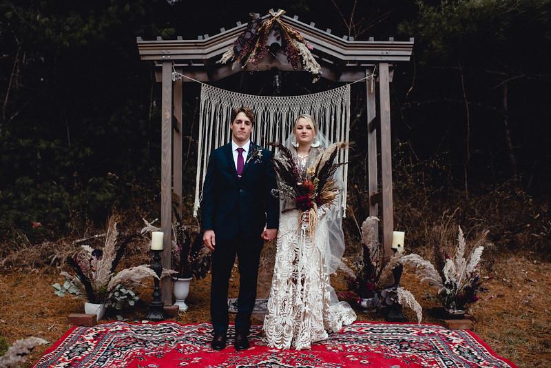 Requiem Images - Luxury Boho Winter Mountain Intimate Wedding - Seven Springs - Laurel Highlands - Blake Holly -1150.jpg