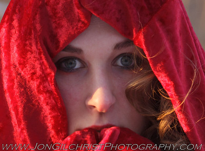 2013-01-04 Steph and the Red Velour Cape