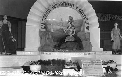 1936-LosAngelesCountyFair-CalifDeptOfAgricultureExhibit.jpg