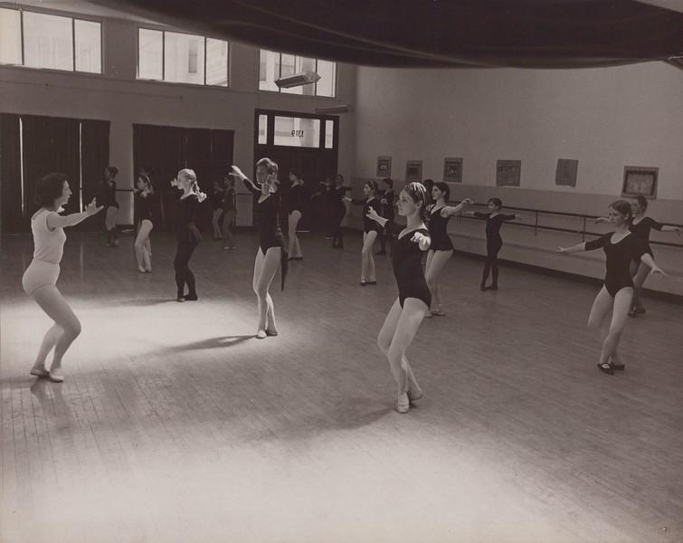Dance_0178.jpg