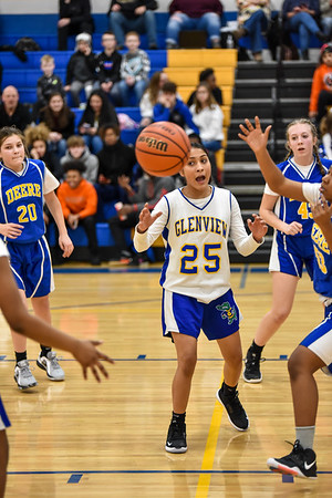 01/23 - Glenview 7th Girls Basketball vs Deere