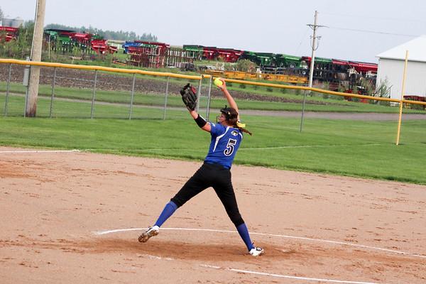 BHRV softball versus Lawton-Bronson 5-30-19