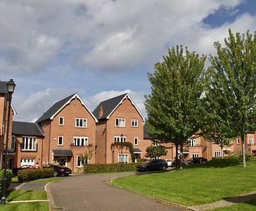 Gilwern Close, Abbots Park