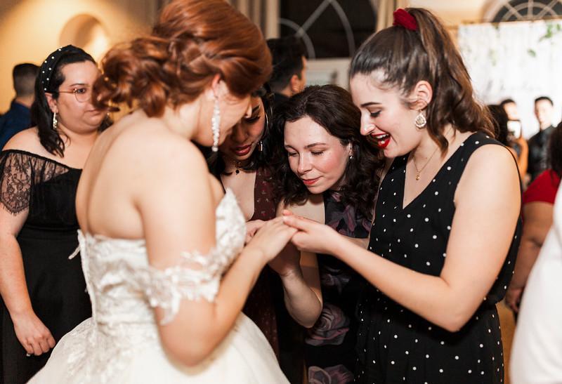 Alexandria Vail Photography Wedgewood Fresno Wedding Alexis   Dezmen876.jpg
