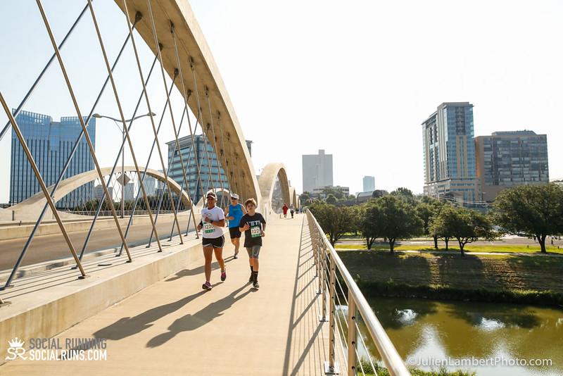 Fort Worth-Social Running_917-0484.jpg