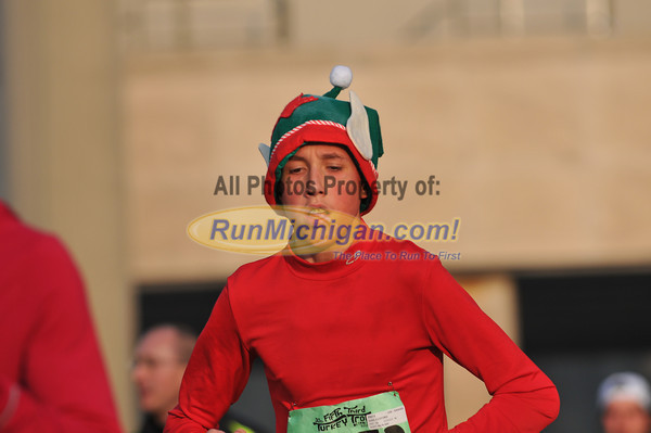 10k Finish, Gallery 3 - 2012 Detroit Turkey Trot
