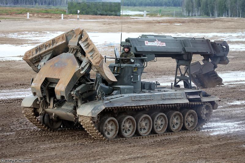 Инженерная машина разграждения ИМР-2М (IMR-2M obstacle clearing vehicle)