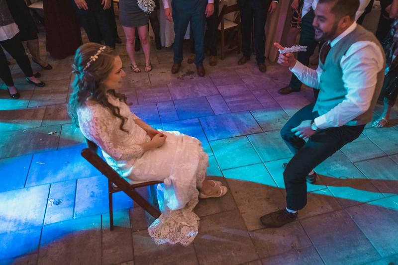 Emily + Rob Wedding 0881.jpg